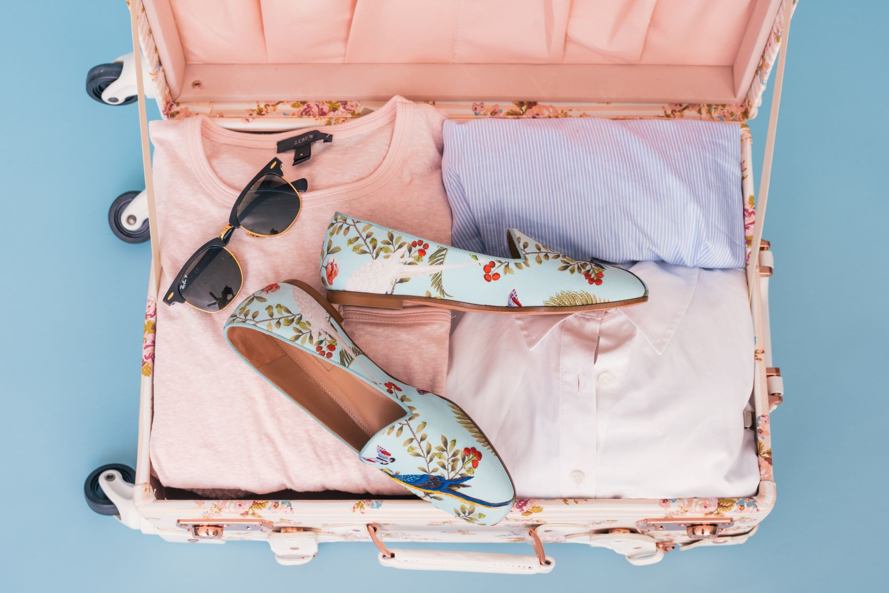 Packing Tips to Help You Travel Lighter